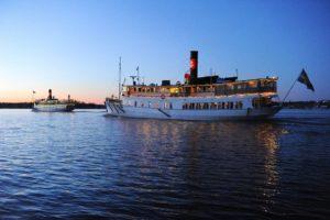 boat_sightseeing